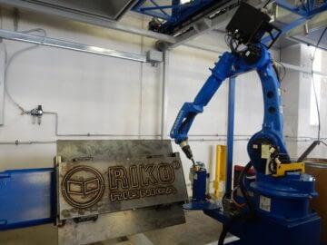Riko ribnica - nov varilni robot