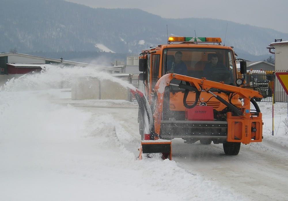 Fotografija izdelka - Odmetalnik snega OSK